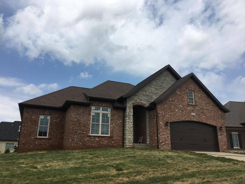Single Family Home for Sale at 10907 Rock Ridge Place Louisville, Kentucky 40241 United States