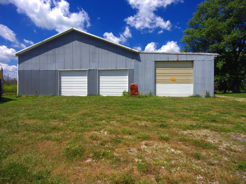 Additional photo for property listing at 4021 LaGrange Road 4021 LaGrange Road Smithfield, Kentucky 40068 United States