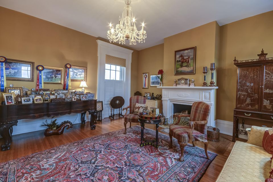 Additional photo for property listing at 1615 Harrington Mill Road 1615 Harrington Mill Road Shelbyville, Kentucky 40065 United States