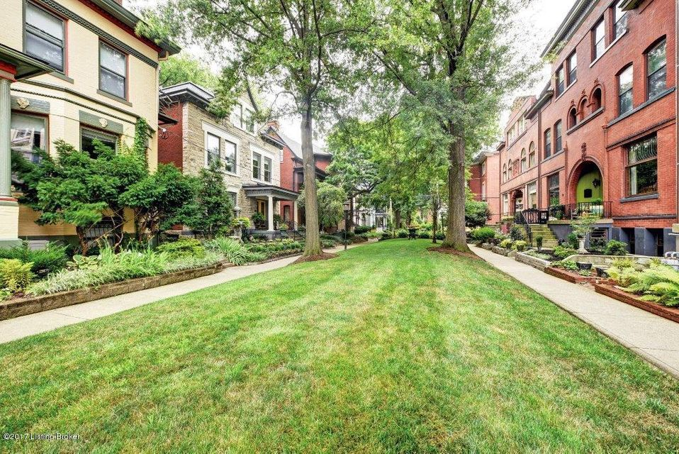 Additional photo for property listing at 1473 Saint James Court  Louisville, Kentucky 40208 United States