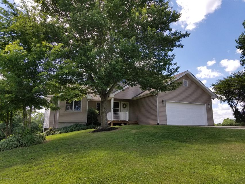 Single Family Home for Sale at 1307 Sandy Beach Lane 1307 Sandy Beach Lane McDaniels, Kentucky 40152 United States