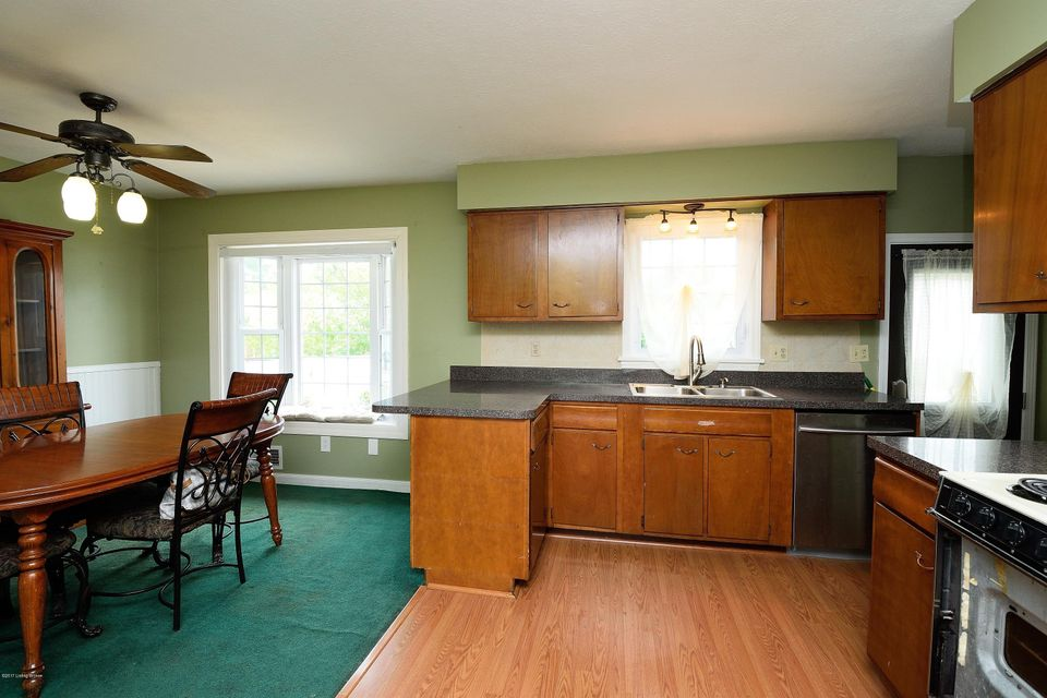 Additional photo for property listing at 723 Palatka Road  Louisville, Kentucky 40214 United States