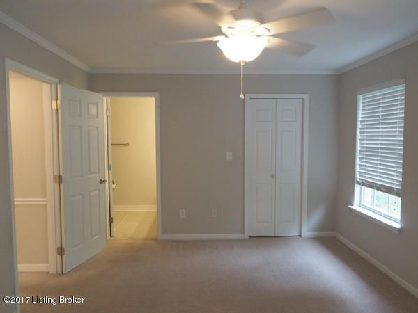 Additional photo for property listing at 3803 Chamberlain Lane  Louisville, Kentucky 40241 United States