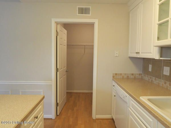 Additional photo for property listing at 3813 Chamberlain  Louisville, Kentucky 40241 United States
