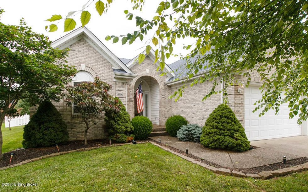 Additional photo for property listing at 10720 Bardstown Woods Blvd  Louisville, Kentucky 40291 United States