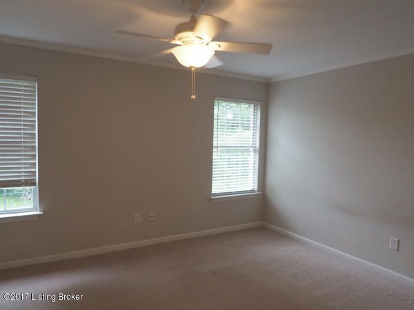 Additional photo for property listing at 3813 Chamberlain Lane  Louisville, Kentucky 40241 United States