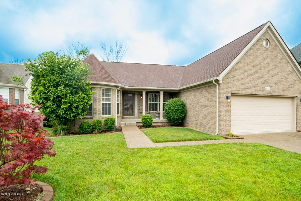 Single Family Home for Sale at 8934 Gentlewind Way Louisville, Kentucky 40291 United States
