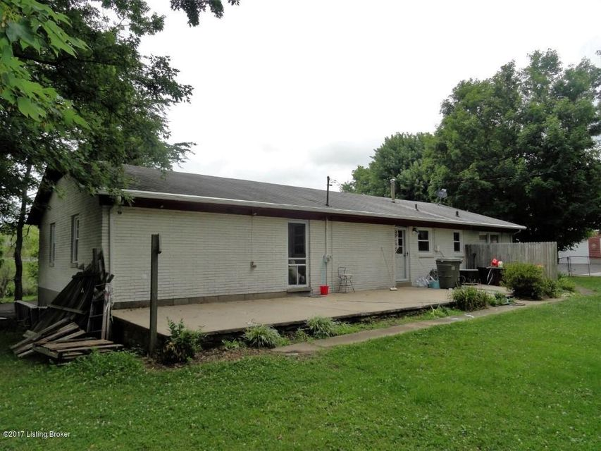 Additional photo for property listing at 776 Highland Avenue 776 Highland Avenue Vine Grove, Kentucky 40175 United States