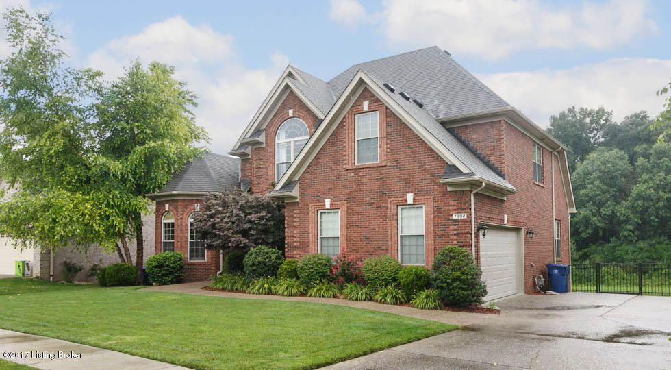 Additional photo for property listing at 7902 Niemann Drive  Louisville, Kentucky 40291 United States