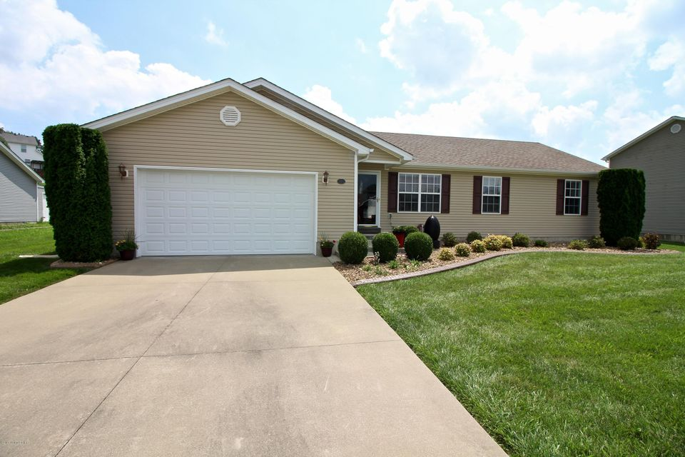 Single Family Home for Sale at 373 Valley View Drive Vine Grove, Kentucky 40175 United States