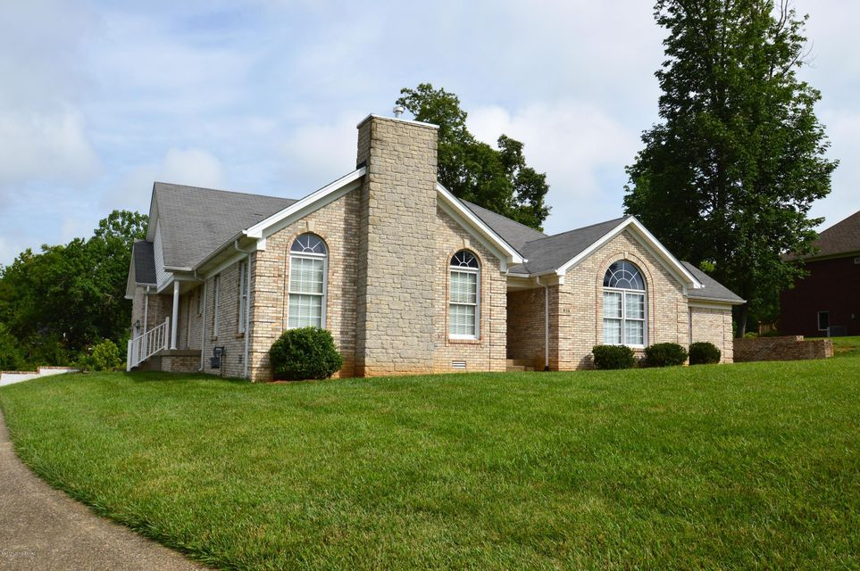 Single Family Home for Sale at 656 Kingswood Drive Taylorsville, Kentucky 40071 United States