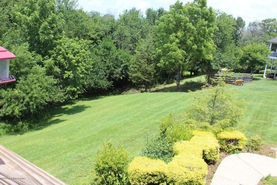 Additional photo for property listing at 4218 Winding Creek Road  Crestwood, Kentucky 40014 United States