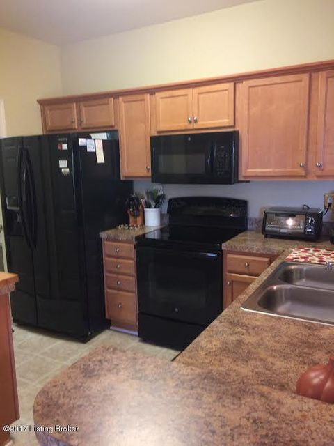 Additional photo for property listing at 9601 Preston Spring Drive  Louisville, Kentucky 40229 United States