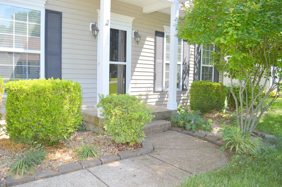 Additional photo for property listing at 6516 Ashbrooke Drive  Pewee Valley, Kentucky 40056 United States