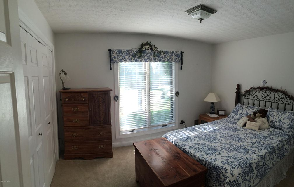 Additional photo for property listing at 1114 Cherrywood Drive  Bardstown, Kentucky 40004 United States