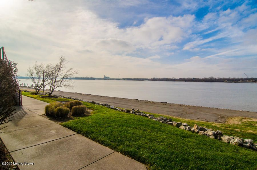Additional photo for property listing at 5417 Harbortown Circle 5417 Harbortown Circle Prospect, Kentucky 40059 United States