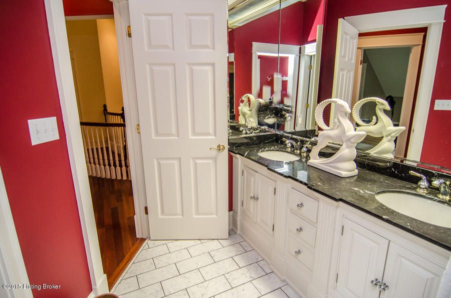 Additional photo for property listing at 5417 Harbortown Circle  Prospect, Kentucky 40059 United States