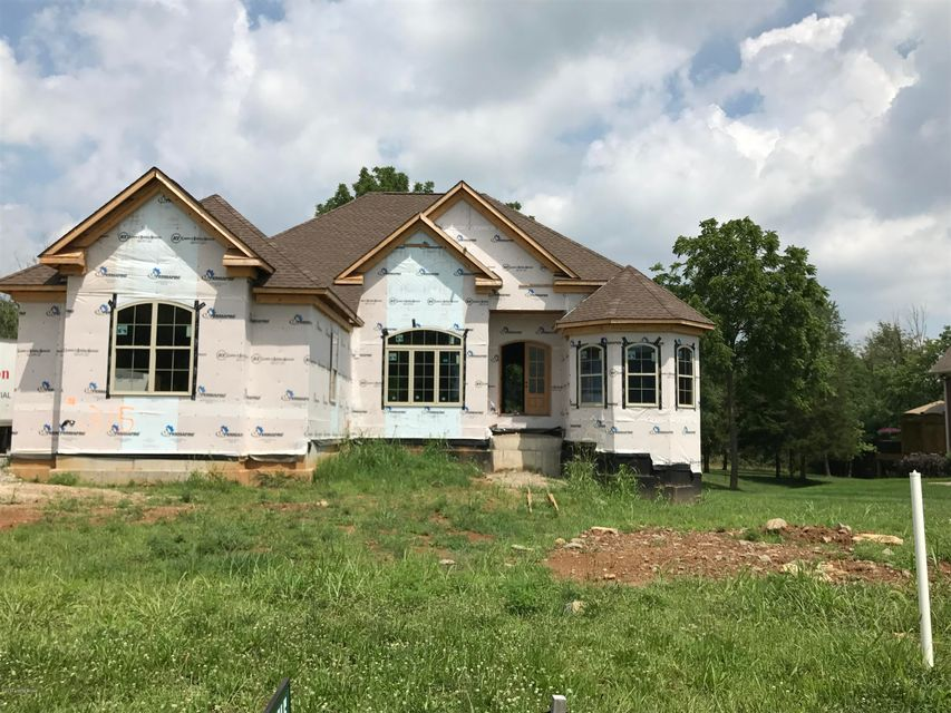 Single Family Home for Sale at 175 E Persimmon Ridge Drive Louisville, Kentucky 40245 United States