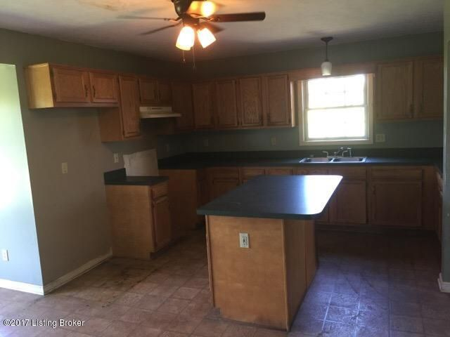 Additional photo for property listing at 5803 Little Mount Road 5803 Little Mount Road Taylorsville, Kentucky 40071 United States