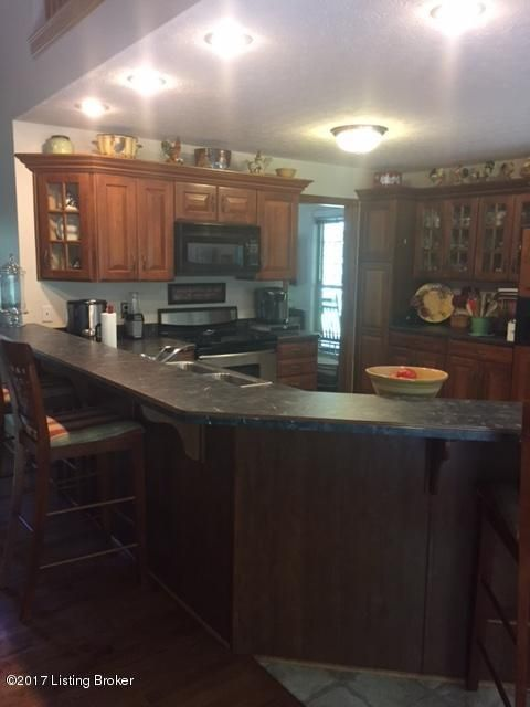 Additional photo for property listing at 178 Terry Drive 178 Terry Drive Shepherdsville, Kentucky 40165 United States