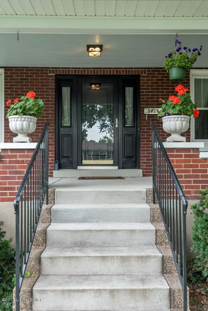 Additional photo for property listing at 3929 Elmwood Avenue  Louisville, Kentucky 40207 United States