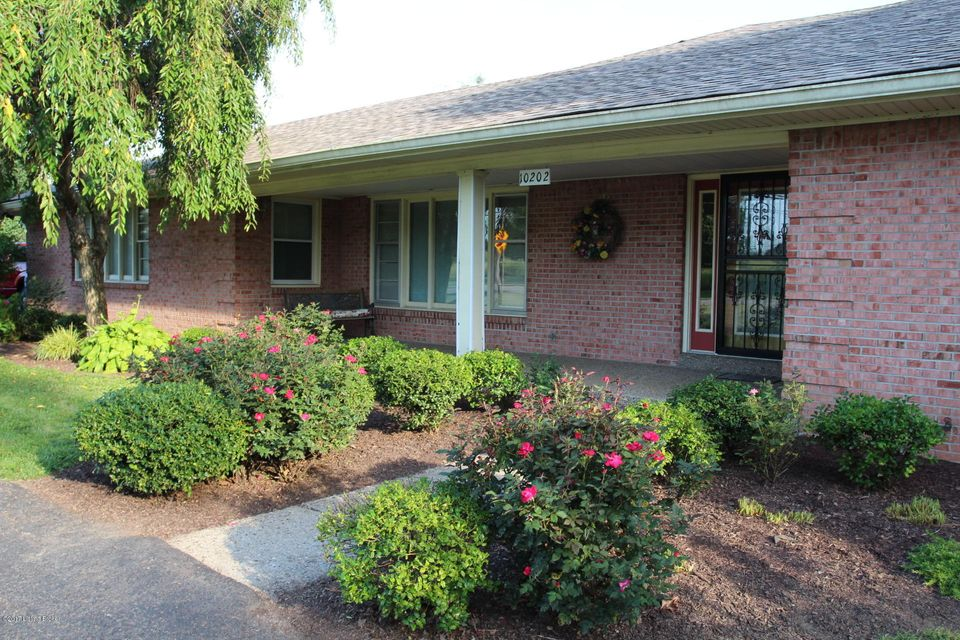 Additional photo for property listing at 10202 Fairmount Road  Louisville, Kentucky 40291 United States