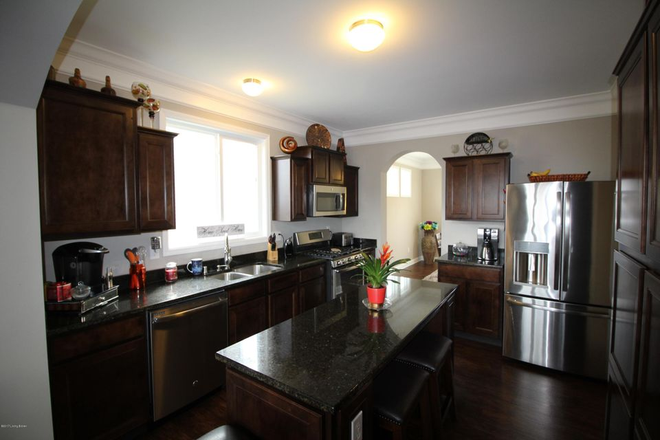 Additional photo for property listing at 12513 Deer Lake Lane  Louisville, Kentucky 40299 United States