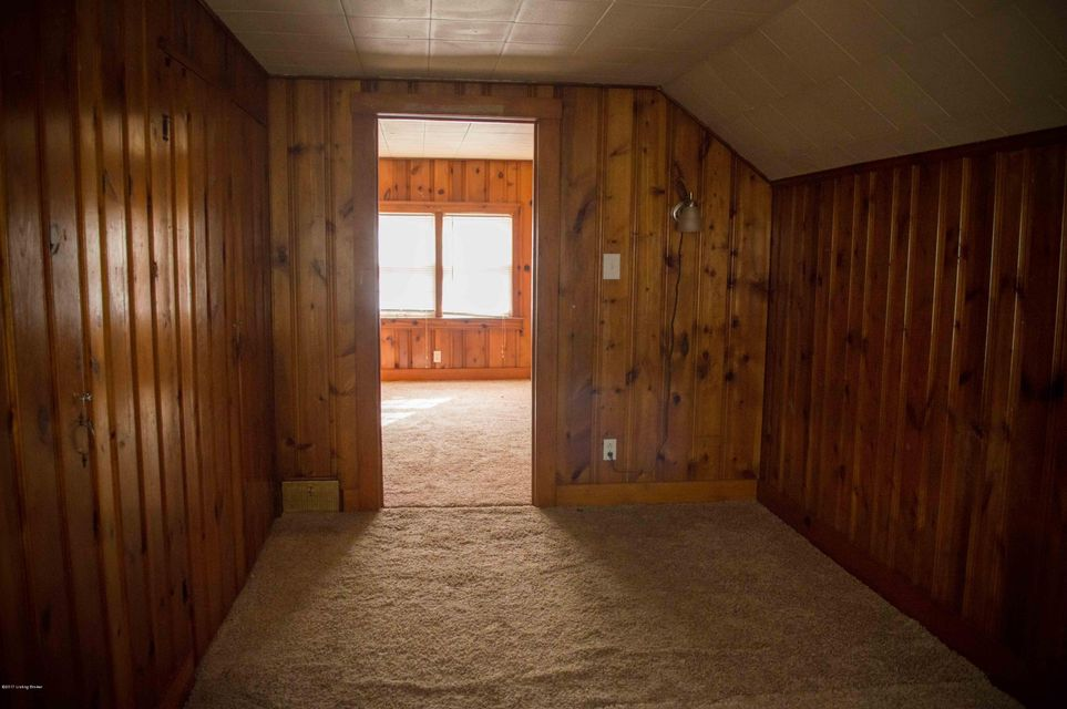 Additional photo for property listing at 4216 Winchester Road  Louisville, Kentucky 40207 United States