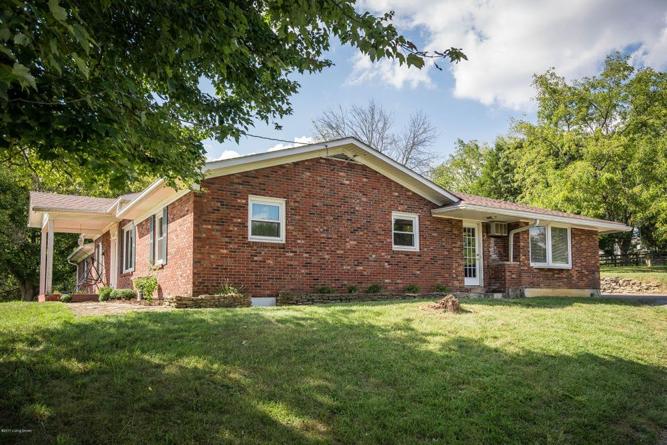 Additional photo for property listing at 10603 Broad Run Road  Louisville, Kentucky 40299 United States