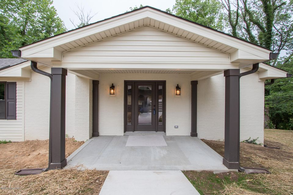 Additional photo for property listing at 6015 Summit View Lane  Crestwood, Kentucky 40014 United States