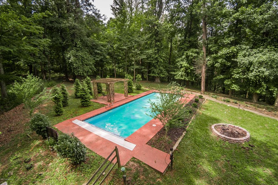 Additional photo for property listing at 8110 Wolf Pen Branch Road  Prospect, Kentucky 40059 United States