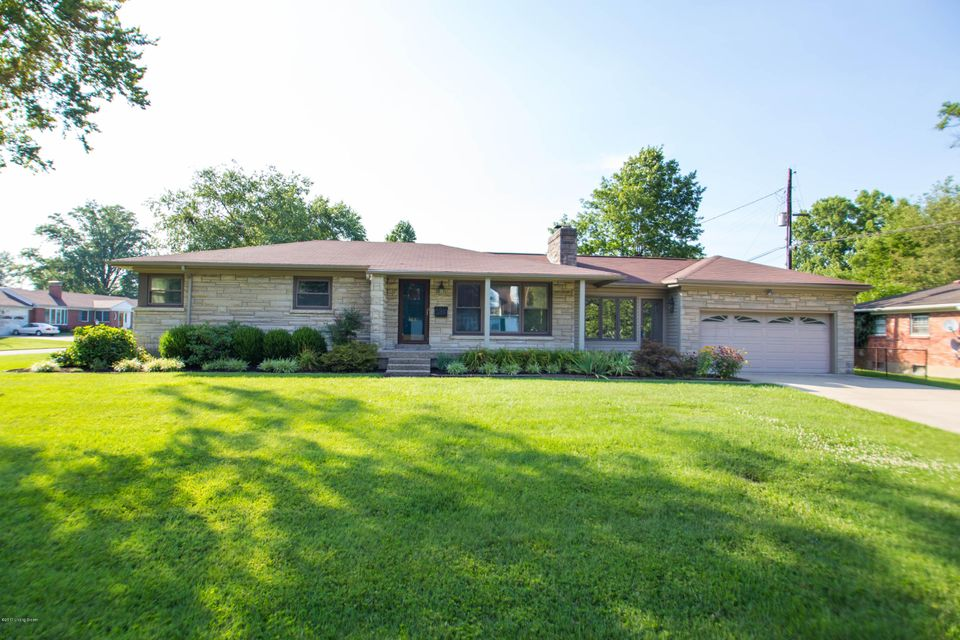 Single Family Home for Sale at 4632 Beaver Road Louisville, Kentucky 40207 United States