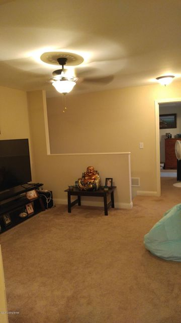 Additional photo for property listing at 218 Sangria Drive  Vine Grove, Kentucky 40175 United States