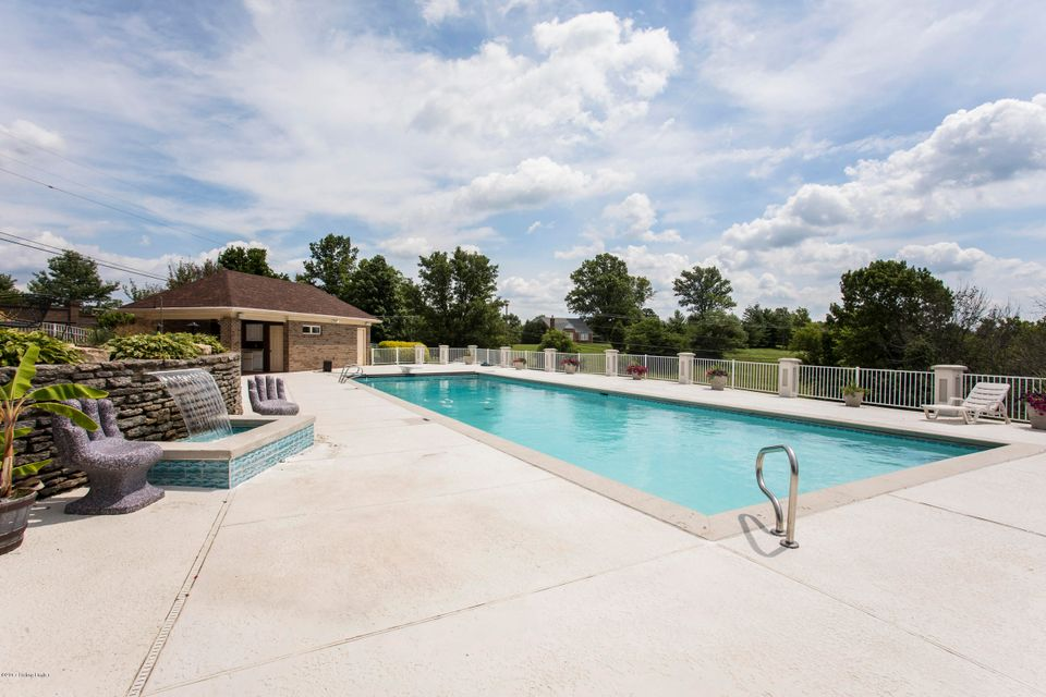 Additional photo for property listing at 2710 Eagle Heights Lane 2710 Eagle Heights Lane La Grange, Kentucky 40031 United States