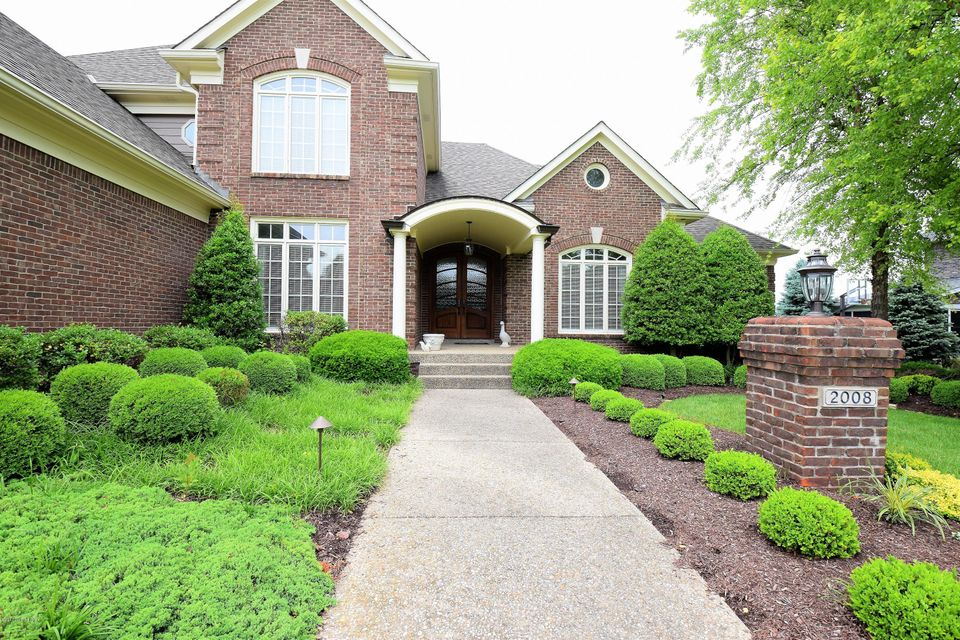 Additional photo for property listing at 2008 Fairway Vista Drive 2008 Fairway Vista Drive Louisville, Kentucky 40245 United States