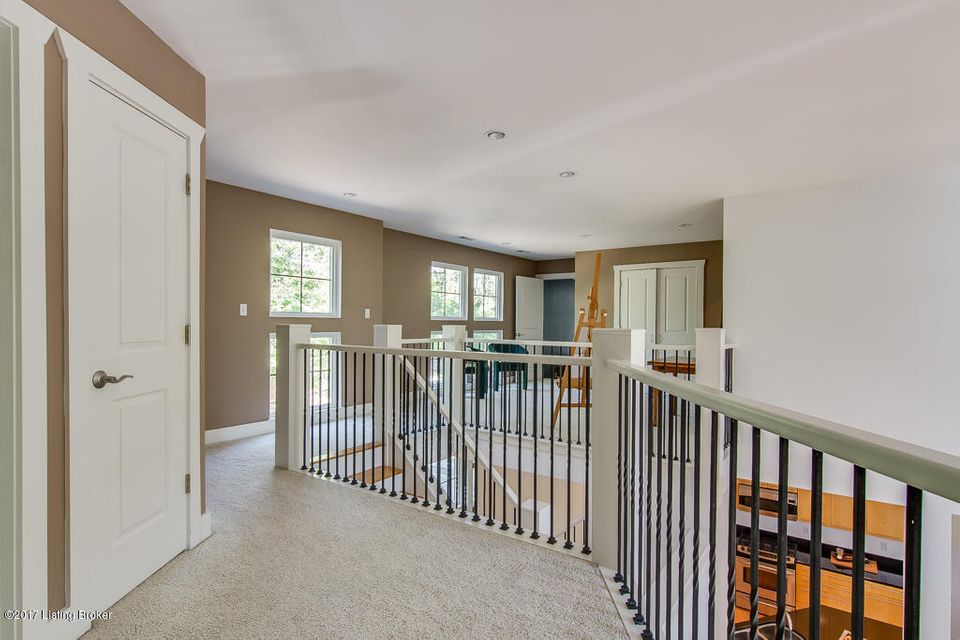 Additional photo for property listing at 2517 Phoenix Hill Drive  Louisville, Kentucky 40207 United States
