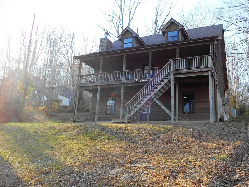 Additional photo for property listing at 652 Greensward Drive  Clarkson, Kentucky 42726 United States