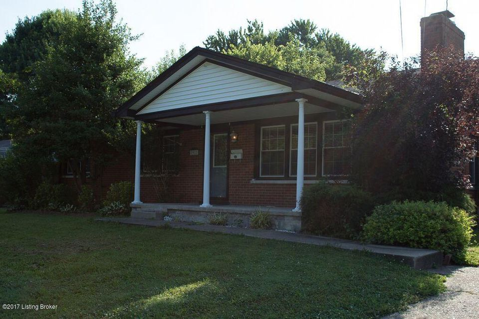 Additional photo for property listing at 7911 Red Cedar Way  Louisville, Kentucky 40219 United States