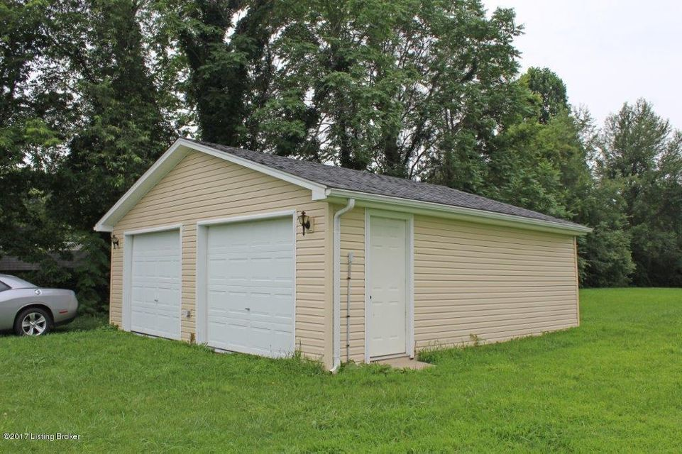 Additional photo for property listing at 1245 N Thompson Lane 1245 N Thompson Lane Vine Grove, Kentucky 40175 United States