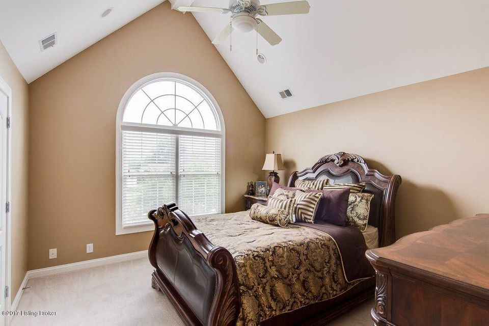 Additional photo for property listing at 6302 Innisbrook Drive  Prospect, Kentucky 40059 United States