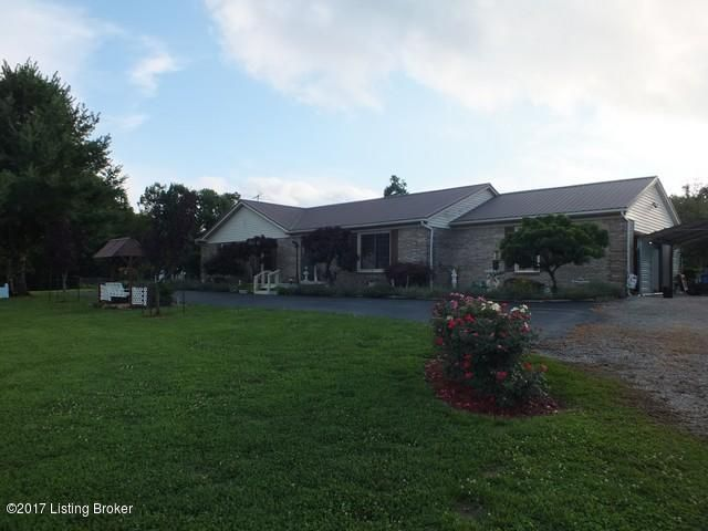 Single Family Home for Sale at 195 King Road 195 King Road Leitchfield, Kentucky 42754 United States