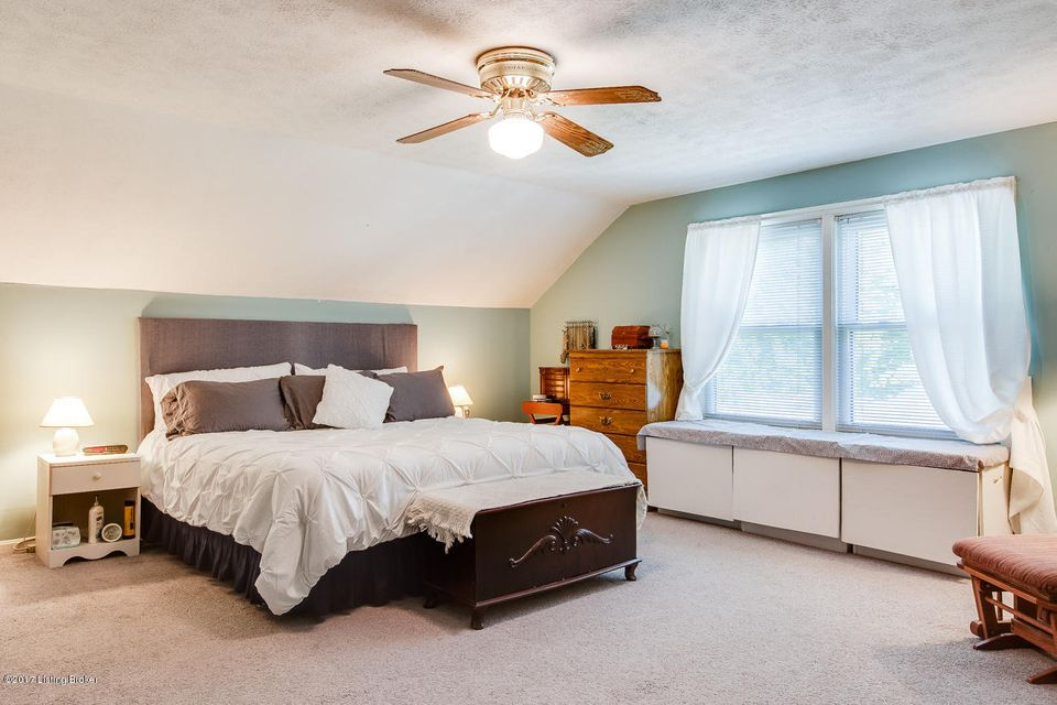 Additional photo for property listing at 2325 Newburg Road 2325 Newburg Road Louisville, Kentucky 40205 United States
