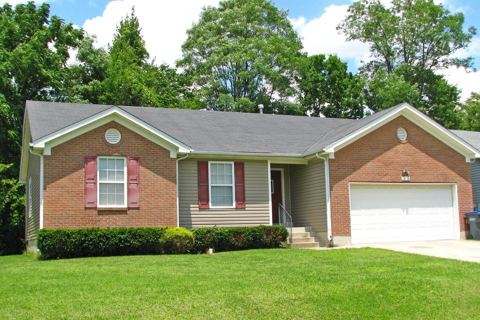 Single Family Home for Sale at 5016 Lea Ann Way Louisville, Kentucky 40219 United States