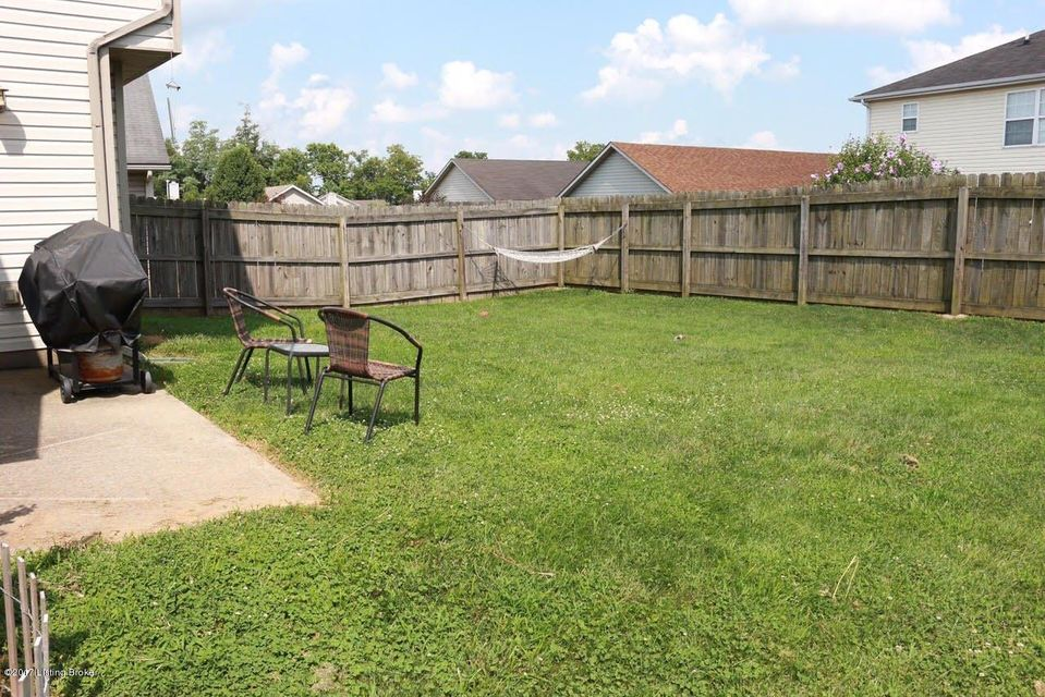 Additional photo for property listing at 600 Hugging Bear Drive  Lexington, Kentucky 40509 United States
