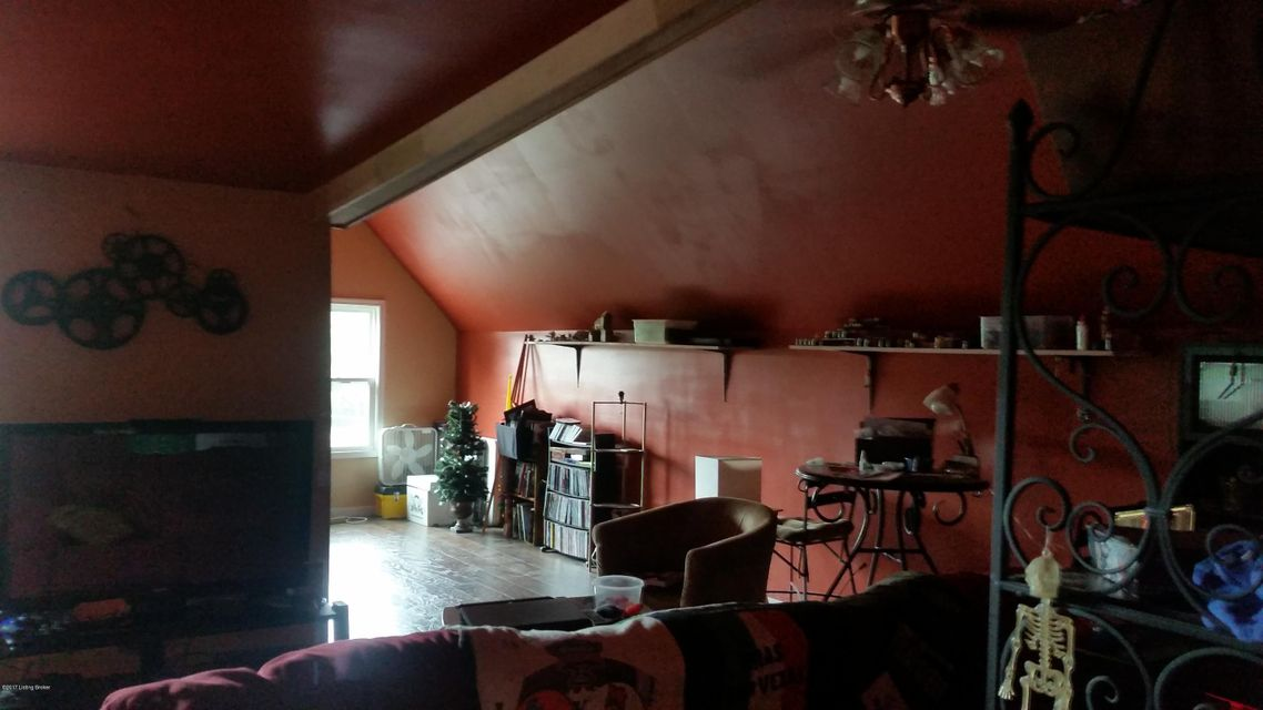 Additional photo for property listing at 102 Mockingbird Lane  Bardstown, Kentucky 40004 United States