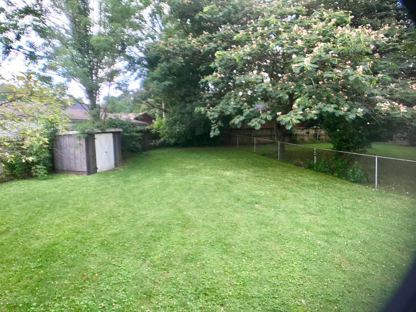 Additional photo for property listing at 206 S Evergreen Road  Louisville, Kentucky 40243 United States
