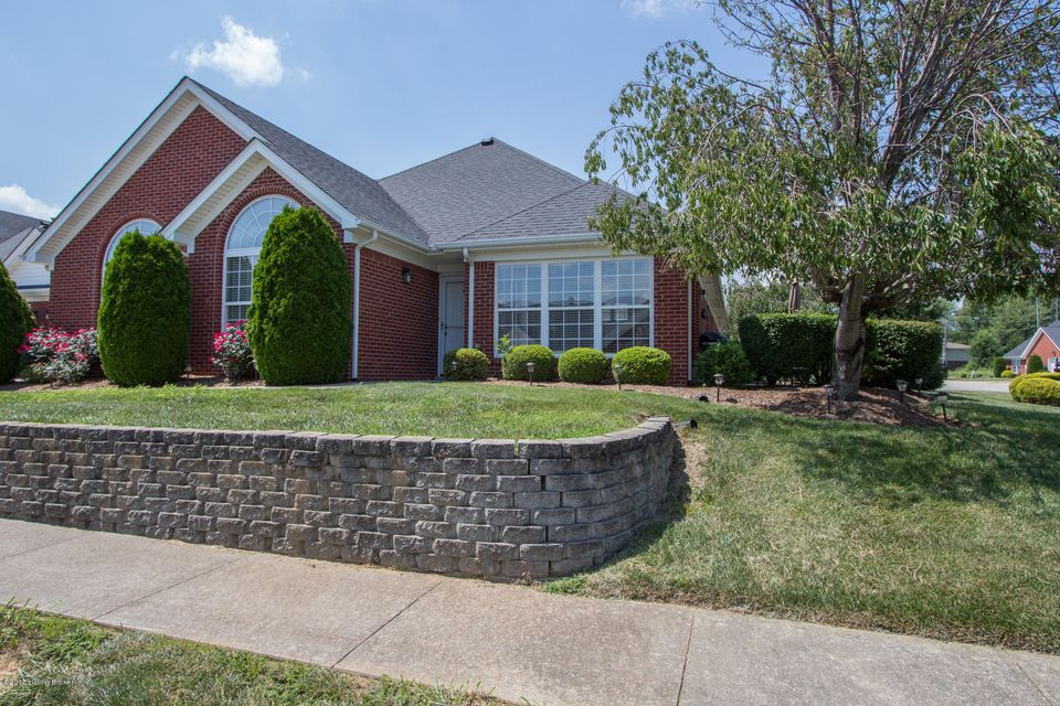 Additional photo for property listing at 193 Woodpointe Court  Mount Washington, Kentucky 40047 United States