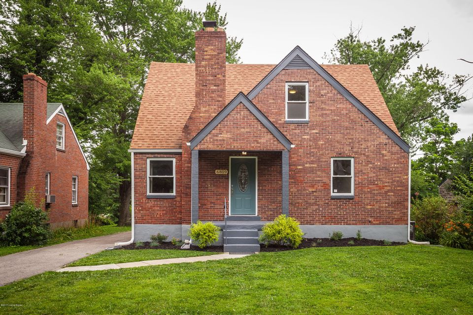 Single Family Home for Sale at 6809 Homestead Drive 6809 Homestead Drive Louisville, Kentucky 40214 United States