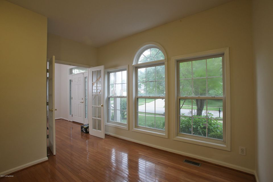Additional photo for property listing at 3702 Wynbrooke Circle  Louisville, Kentucky 40241 United States