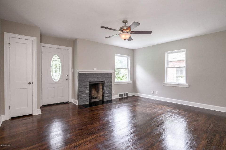 Additional photo for property listing at 6809 Homestead Drive 6809 Homestead Drive Louisville, Kentucky 40214 United States
